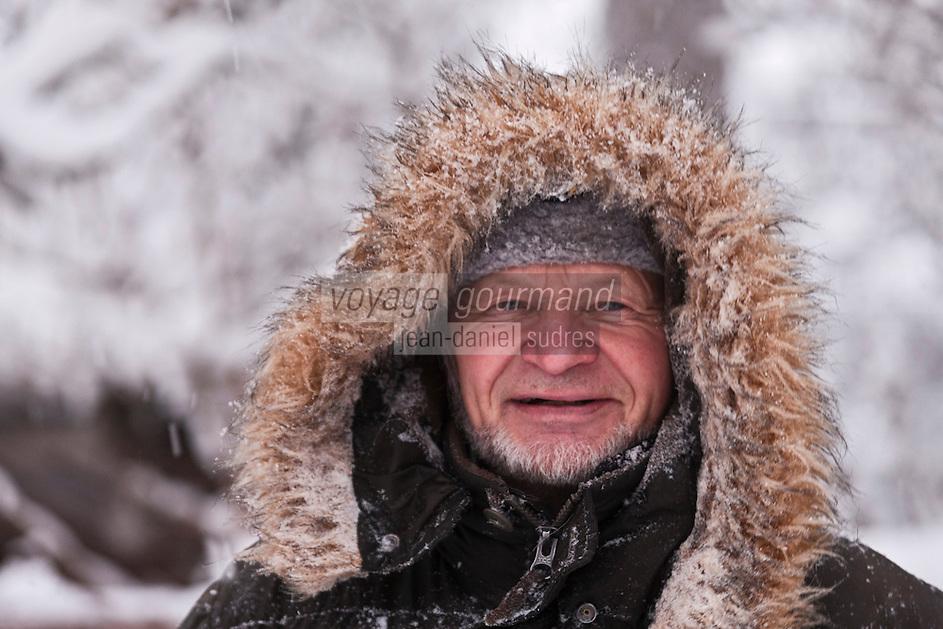 Europe/Finlande/Laponie/Kongäss: Reijo Jääskeläinen, célèbre éleveur de Huskies de Sibérie, spécialiste de raids nordiques a créé le Levi - Husky Park. Il aparticipé avec ses animaux à de nombreux tournages de  films