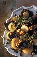 Europe/France/Midi-Pyrénées/46/Lot: Salade de rattes et cerneaux de noix à la truffe