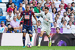 Eibar's Pedro Leon and Real Madrid's Mateo Kovacic durign the match of La Liga between Real Madrid and SD Eibar at Santiago Bernabeu Stadium in Madrid. October 02, 2016. (ALTERPHOTOS/Rodrigo Jimenez)