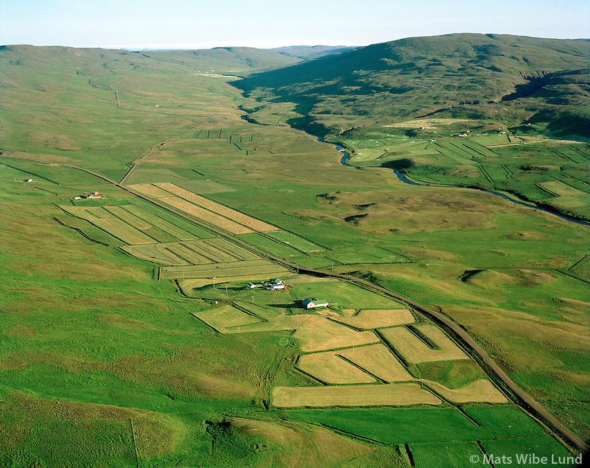Hóll og Breið séð til suðurs, Lýtingsstaðahreppur / Holl and Breid viewing south, Lytingsstadahreppur