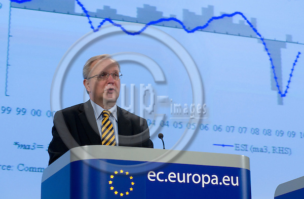 Brussels-Belgium - February 25, 2010 -- Olli REHN, European Commissioner from Finland and in charge of Economic and Monetary Affairs, during a press conference in the HQ of the EC on the Interim Economic Forecast -- Photo: Horst Wagner / eup-images