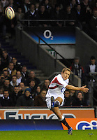 Twickenham, GREAT BRITAIN, Jonny WILKINSON, kickiing during the  England vs Scotland, Calcutta Cup Rugby match played at the  RFU Twickenham Stadium on Sat 03.02.2007  [Photo, Peter Spurrier/Intersport-images]....