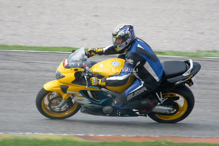 Tandas populares - Circuit de la Comunitat Valenciana Ricardo Tormo. Autovía A3 Valencia-Madrid, Salida 334. 46380 - Cheste (Valencia) SPAIN