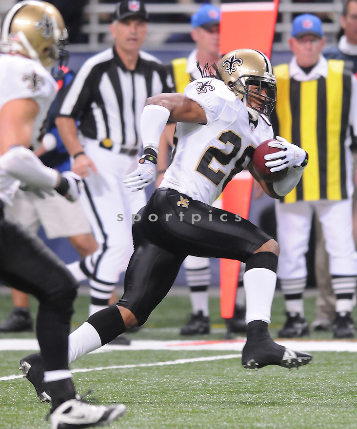 SAINTS @ RAMS.11/15/09USAMA YOUNG, of the New Orleans Saints in action  during the Saints game against the St. Louis Rams on November 15 2009 in St. Louis Missouri..The Saints beat the Rams 28-23