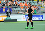 The Hague, Netherlands, June 08: Shea McAleese #25 of New Zealand looks on after Germany scored during the field hockey group match (Men - Group B) between the Black Sticks of New Zealand and Germany on June 8, 2014 during the World Cup 2014 at Kyocera Stadium in The Hague, Netherlands.  Final score 3-5 (1-3) (Photo by Dirk Markgraf / www.265-images.com) *** Local caption ***