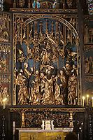 Europe/Voïvodie de Petite-Pologne/Cracovie: La basilique gothique Notre-Dame: Kosciol Mariacki et son retable de Wit Stwosz , le plus grand retable en bois du moyen age -  Vieille ville (Stare Miasto) classée Patrimoine Mondial de l'UNESCO,
