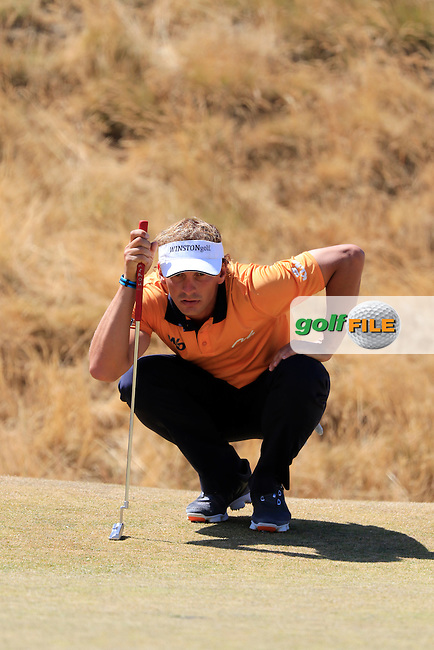 Joost LUITEN (NED) lines up his putt on the 6th green during Sunday's Final Round of the 2015 U.S. Open 115th National Championship held at Chambers Bay, Seattle, Washington, USA. 6/21/2015.<br /> Picture: Golffile | Eoin Clarke<br /> <br /> <br /> <br /> <br /> All photo usage must carry mandatory copyright credit (&copy; Golffile | Eoin Clarke)