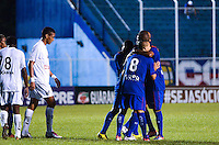 SAO CAETANO DO SUL, SP, 16 FEVEREIRO 2013 - CAMPEONATO PAULISTA - SAO CAETANO X BRAGANTINO - Rivaldo jogador do Sao Caetano comemora gol durante  partida contra o BRAGANTINO em partida valida pelo Campeonato Paulista, no Estadio Anacleto campannela no ABC Paulista, neste domingo. (FOTO: ADRIANO LIMA / BRAZIL PHOTO PRESS).