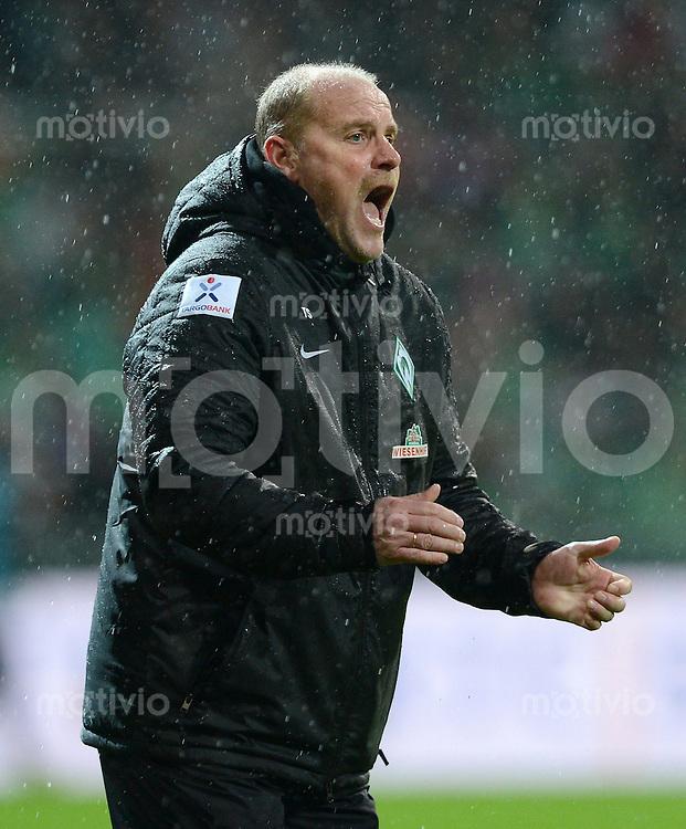 USSBALL   1. BUNDESLIGA    SAISON 2012/2013    10. Spieltag   Werder Bremen - FSV Mainz 05                             04.11.2012 Trainer Thomas Schaaf (SV Werder Bremen), emotional