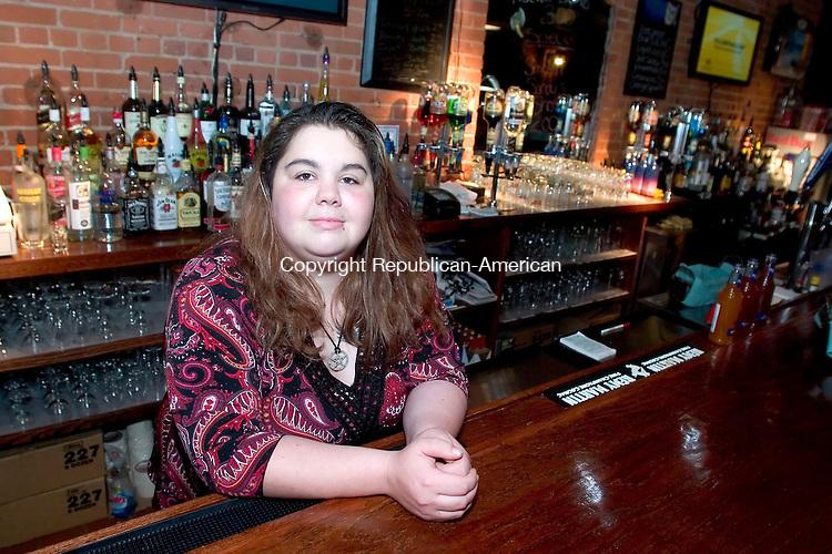 NAUGATUCK- 16 MAY 06- 051606JT01- <br /> Deanna Augelli is a bartender at Smokin' Sandy's in Naugatuck.<br /> Josalee Thrift Republican-American