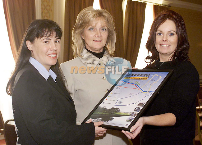 Madeleine Kennedy, (Left) Co-Ordinator Drogheda Healthy Cities with Kathleen Skelly and Kim Hill, Drogheda Healthy Cities at the launch of the ÒDrogheda Your Town Your HealthÓ poster by Drogheda Healthy Cities in conjunction with Drogheda Corporation and the NEHB in the Westcourt Hotel.