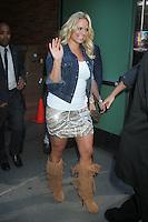NEW YORK CITY,NY- JULY 25, 2012: Miranda Lambert seen at Good Morning America Studios in New York City. July 25, 2012. ©RW/MediaPunch Inc. /NortePhoto.com<br /> <br /> **SOLO*VENTA*EN*MEXICO**<br />  **CREDITO*OBLIGATORIO** *No*Venta*A*Terceros*<br /> *No*Sale*So*third* ***No*Se*Permite*Hacer Archivo***No*Sale*So*third*©Imagenes*con derechos*de*autor©todos*reservados*.