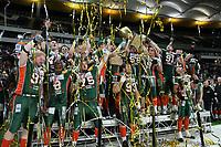 Meisterjubel Kiel Baltic Hurricanes mit dem Pokal des Deutschen Meisters