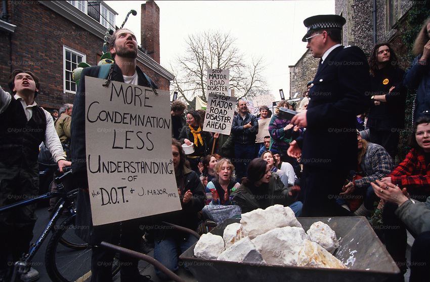 Road Protest actions in Winchester, condemning the government and D.O.T policies, near to Twyford Down, near the Donga pathways, against the M3 road extension. 1993<br />