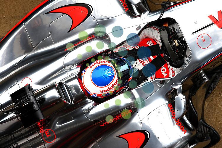 F1 Test 4, Barcelona Spain  25. - 28. February 2010.Jenson Button (GBR),  McLaren F1 Team  ..Hasan Bratic;Koblenzerstr.3;56412 Nentershausen;Tel.:0172-2733357;.hb-press-agency@t-online.de;http://www.uptodate-bildagentur.de;.Veroeffentlichung gem. AGB - Stand 09.2006; Foto ist Honorarpflichtig zzgl. 7% Ust.;Hasan Bratic,Koblenzerstr.3,Postfach 1117,56412 Nentershausen; Steuer-Nr.: 30 807 6032 6;Finanzamt Montabaur;  Nassauische Sparkasse Nentershausen; Konto 828017896, BLZ 510 500 15;SWIFT-BIC: NASS DE 55;IBAN: DE69 5105 0015 0828 0178 96; Belegexemplar erforderlich!..