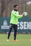 14.04.2018, Trainingsgelaende, Bremen, GER, 1.FBL, Training SV Werder Bremen<br /> <br /> im Bild<br /> Theodor Gebre Selassie (Werder Bremen #23), <br /> <br /> Foto &copy; nordphoto / Ewert