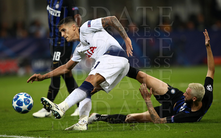 Football Soccer: UEFA Champions League FC Internazionale Milano vs Tottenham Hotspur FC, Giuseppe Meazza stadium, September 15, 2018.<br /> Tottenham's Erik Lamela (l) in action with Inter's Marcelo Brozovic (r) during the Uefa Champions League football match between Internazionale Milano and Tottenham Hotspur at Giuseppe Meazza (San Siro) stadium, September 18, 2018.<br /> UPDATE IMAGES PRESS/Isabella Bonotto