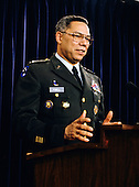 United States Army General Colin L. Powell, Chairman, Joint Chiefs of Staff, holds a press briefing on the start of Operation Desert Storm, the military exercise to liberate Kuwait from the invading forces of Iraq, at the Pentagon in Washington, DC on January 16, 1991.<br /> Credit: Arnie Sachs / CNP