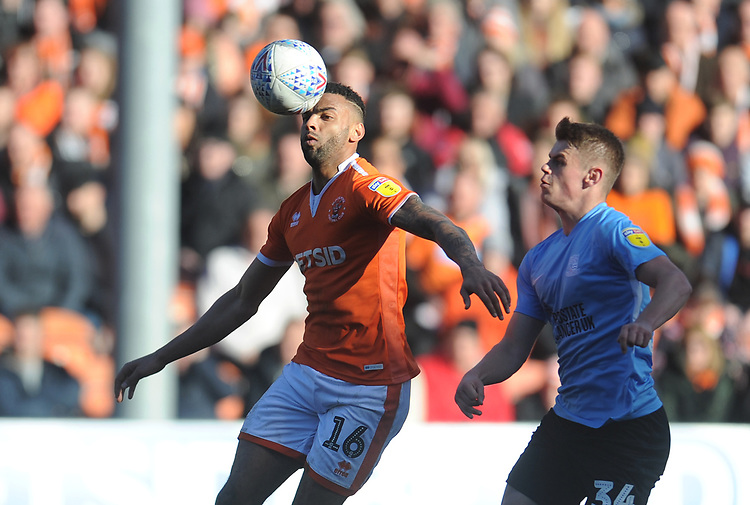 Blackpool's Curtis Tilt under pressure from Southend United's Charlie Kelman<br /> <br /> Photographer Kevin Barnes/CameraSport<br /> <br /> The EFL Sky Bet League One - Blackpool v Southend United - Saturday 9th March 2019 - Bloomfield Road - Blackpool<br /> <br /> World Copyright © 2019 CameraSport. All rights reserved. 43 Linden Ave. Countesthorpe. Leicester. England. LE8 5PG - Tel: +44 (0) 116 277 4147 - admin@camerasport.com - www.camerasport.com