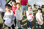 Young spectators during the 58th UBS Hong Kong Golf Open as part of the European Tour on 10 December 2016, at the Hong Kong Golf Club, Fanling, Hong Kong, China. Photo by Marcio Rodrigo Machado / Power Sport Images