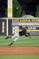 Bristol Pirates shortstop Victor Ngoepe (5) throws to first base during a game against the Bluefield Blue Jays on July 26, 2018 at Bowen Field in Bluefield, Virginia.  Bristol defeated Bluefield 7-6.  (Mike Janes/Four Seam Images)