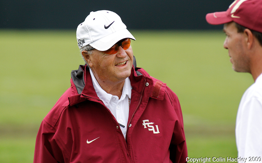 TALLAHASSEE, FL. 8/27/09-FSU-BOWDEN 0827 CH01-Florida State Head Coach Bobby Bowden, left, talks with Offensive Coordinator Jimbo Fisher during practice Thursday in Tallahassee...COLIN HACKLEY PHOTO