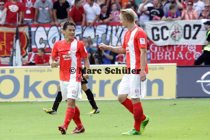 Shinji Okazaki (Mainz) erzielt das 2:1 gegen seinen Ex-Klub und jubelt- Mainz 05 vs. VfB Stuttgart