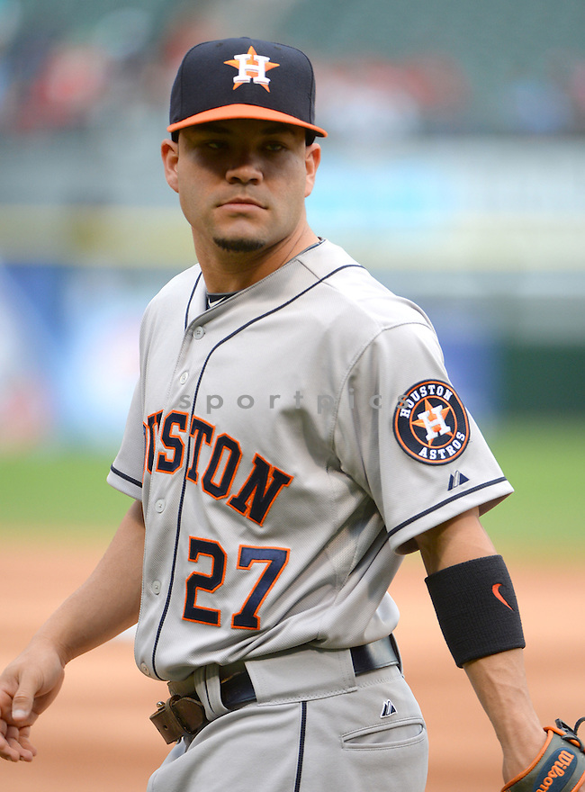 Houston Astros Jose Altuve (27) during a game against the Chicago White Sox on June 8, 2015 at US Cellular Field in Chicago, IL. The White Sox beat the Astros 3-1.