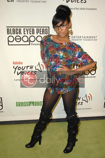 Simone Battle<br />at the 5th Annual Black Eyed Peas Peapod Foundation Benefit Concert. The Conga Room, Los Angeles, CA. 02-05-09<br />Dave Edwards/DailyCeleb.com 818-249-4998