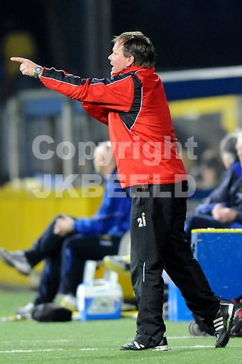 LEEUWARDEN - Voetbal, SC Cambuur - VVV, Cambuur stadion, halve finale  playoff, seizoen 2011-2012, 10-05-2012  Cambbur assistent trainer Henk de Jong.