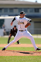 February 26, 2010:  Pitcher Matt Bischoff of the Purdue Boilermakers during the Big East/Big 10 Challenge at Raymond Naimoli Complex in St. Petersburg, FL.  Photo By Mike Janes/Four Seam Images