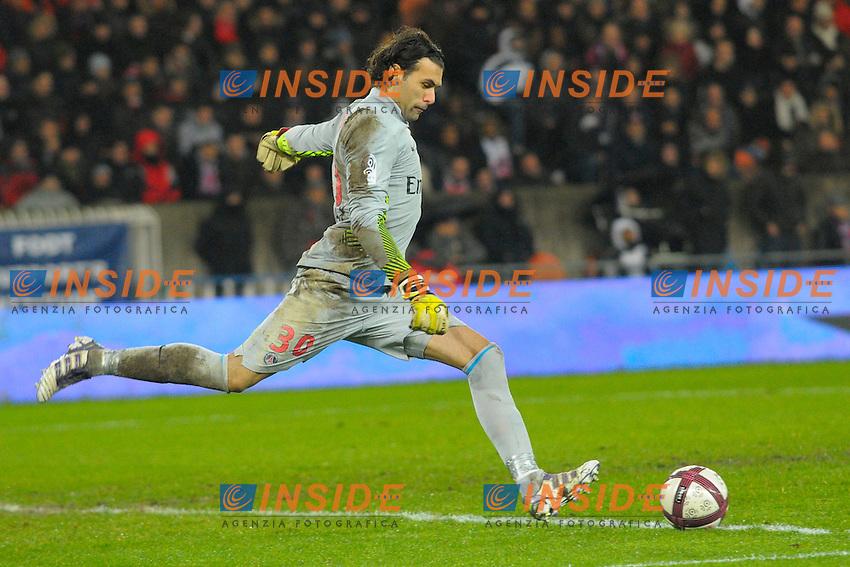 Salvatore Sirigu (PSG) .18/12/2011.Foto Insidefoto / JB Autissier