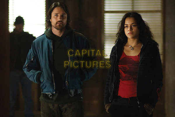MARTIN HENDERSON & MICHELLE RODRIGUEZ.in Battle in Seattle .*Filmstill - Editorial Use Only*.CAP/FB.Supplied by Capital Pictures.