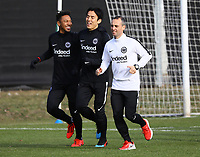 Jonathan de Guzman (Eintracht Frankfurt), Makoto Hasebe (Eintracht Frankfurt) - 20.02.2019: Eintracht Frankfurt Training, UEFA Europa League, Commerzbank Arena, DISCLAIMER: DFL regulations prohibit any use of photographs as image sequences and/or quasi-video.