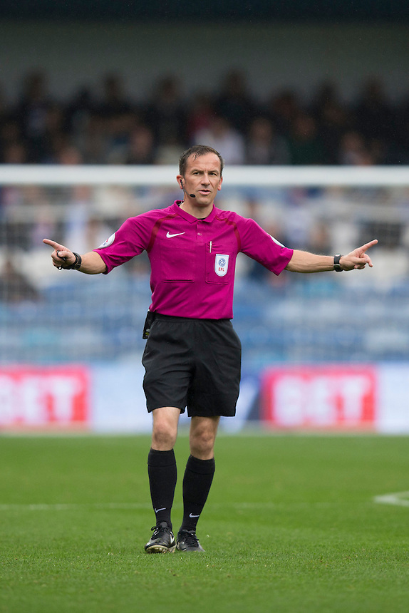 Referee Keith Stroud      Photographer Craig Mercer/CameraSport<br /> <br /> The EFL Sky Bet Championship - Queens Park Rangers v Blackburn Rovers - Saturday 10th September 2016 - Loftus Road - London<br /> <br /> World Copyright &copy; 2016 CameraSport. All rights reserved. 43 Linden Ave. Countesthorpe. Leicester. England. LE8 5PG - Tel: +44 (0) 116 277 4147 - admin@camerasport.com - www.camerasport.com