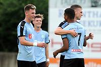 RODINGHAUSEN, Voetbal, Rodinghausen - FC Groningen, voorbereiding  seizoen 2017-2018, 15-07-2017,  /gr20 feliciteer FC Groningen speler Juninho Bacuna met zijn treffer