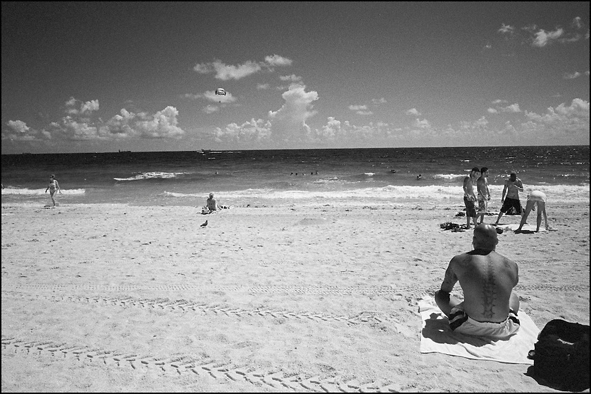 "From ""Miami in black and White"" series. Miami Beach, 2009"