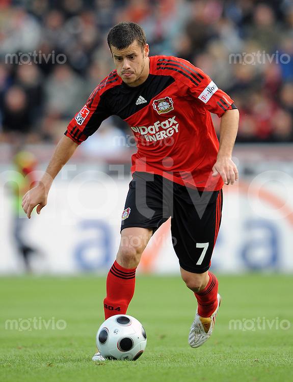 FUSSBALL   1. BUNDESLIGA   SAISON 2008/2009   7. SPIELTAG Bayer 04 Leverkusen - Hertha BSC Berlin              04.10.2008 Tranquillo BARNETTA (Bayer 04 Leverkusen) Einzelaktion am Ball
