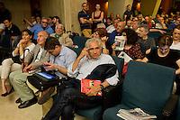 Roma, 7 Giugno 2015<br /> Secondo giorno della convention al Centro congresso Frentani della &quot;Coalizione sociale&quot;. Il segretario della Fiom  Maurizo Landini ha presentato le linee guida del suo nuovo movimento. Il senatore Corradino Mineo<br /> Rome, June 7, 2015<br /> Second day of the convention at the Center Congress Frentani of &quot;Social Coalition&quot;. The secretary of Fiom Maurizio Landini presented the guidelines of its new movement.