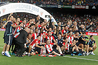 Athletic de Bilbao's team celebrate the victory in the Supercup of Spain. August 17,2015. (ALTERPHOTOS/Acero)