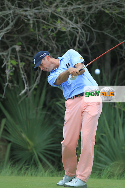 Matt Kuchar (USA) tees off the 2nd tee during Friday's Round 2 of the 94th PGA Golf Championship at The Ocean Course, Kiawah Island, South Carolina, USA 9th August 2012 (Photo Eoin Clarke/www.golffile.ie)