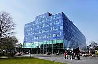 Nederland  Groningen - 2019 . Zernike Campus. De Bernoulliborg is een gebouw van de Rijksuniversiteit Groningen.  Met haar afmetingen van 33 bij 83 meter en een hoogte van 27 meter heeft het gebouw volop ruimte voor de centrale afdelingen van de Faculty of Science and Engineering (voorheen de Faculteit Wiskunde en Natuurwetenschappen) en de afdelingen voor wiskunde, informatica en kunstmatige intelligentie.   Foto Berlinda van Dam / Hollandse Hoogte