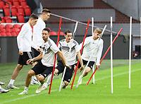 Mark Uth (Deutschland Germany), Sebastian Rudy (Deutschland, Germany), Timo Werner (Deutschland Germany) beim Sprinttraining - 12.10.2018: Abschlusstraining der Deutschen Nationalmannschaft vor dem UEFA Nations League Spiel gegen die Niederlande