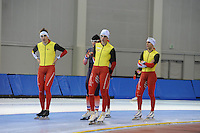 SCHAATSEN: SALT LAKE CITY: Utah Olympic Oval, 12-11-2013, Essent ISU World Cup, training, Ferre Spruyt (BEL), Ewen Fernandez (FRA), Bart Swings (BEL), Wannes van Praet (BEL), ©foto Martin de Jong