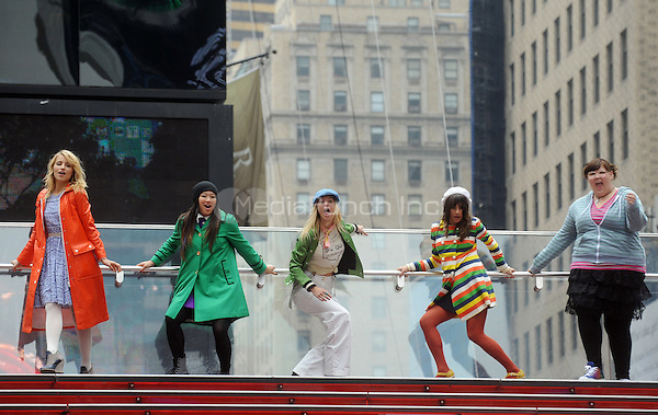 Dianna Agron, Jenna Ushkowitz, Lea Michele and Ashley Fink filming an episode of the TV show 'Glee' in New York City. April 25, 2011. © mpi01 / MediaPunch Inc.