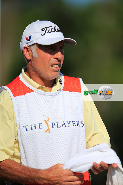 Caddy Steve Williams during round 3 of the Players, TPC Sawgrass, Championship Way, Ponte Vedra Beach, FL 32082, USA. 14/05/2016.<br /> Picture: Golffile | Fran Caffrey<br /> <br /> <br /> All photo usage must carry mandatory copyright credit (&copy; Golffile | Fran Caffrey)