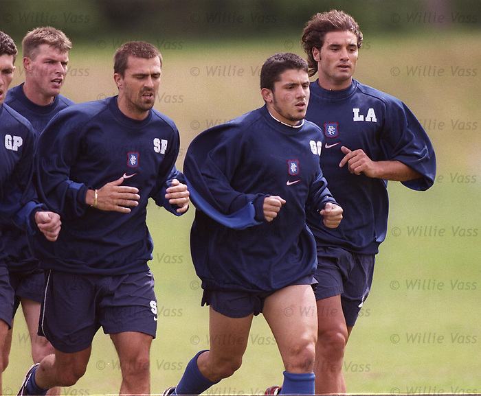 Lorenzo Amoruso, Sergio Porrini and Rino Gattuso at training