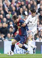 MADRI, ESPANHA, 02 MARÇO 2013 - CAMPEONATO ESPANHOL - REAL MADRID X BARCELONA - Lionel Messi (E)  jogador do Barcelona em partida contra o Real Madrid em partida pela 26 rodada do Campeonato Espanhol, neste sabado, 02. (FOTO: ALEX CID-FUENTES / ALFAQUI / BRAZIL PHOTO PRESS).