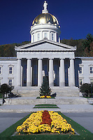 AJ1987, State House, State Capitol, Vermont, Montpelier, The beautiful State House in Montpelier with the golden dome is decorated with fall flowers on the Capital Grounds.