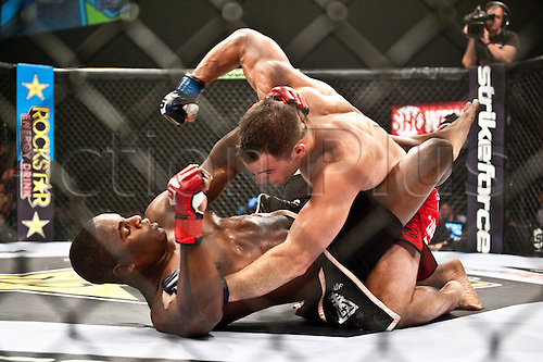 24.06.2011, Washinton, USA.   Gian Villante wails on Lorenz Larkin during the STRIKEFORCE Challengers at the ShoWare Center in Kent, Washington. Larkin won the fight in a unanimous decision.